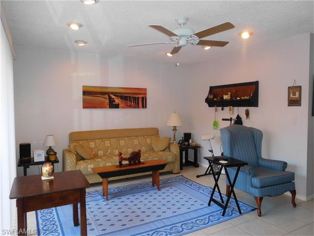 1165 Palm Ave 8c, North Fort Myers, FL, 33903: Photo 4