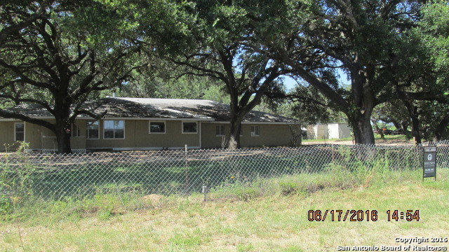 645 county road 768 devine tx 78016 for sale