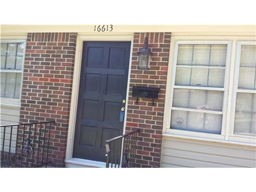 16613 E Cogan Drive, Independence, MO, 64055 -- Homes For Sale