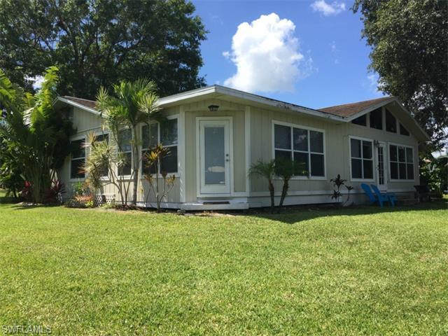 1685 riverside dr sw moore haven fl 33471 for sale