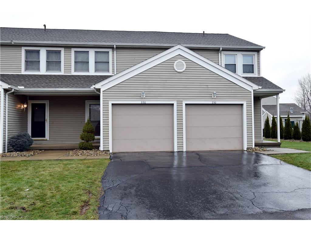 220 Pineview Dr Northeast Warren Oh For Sale 103 000