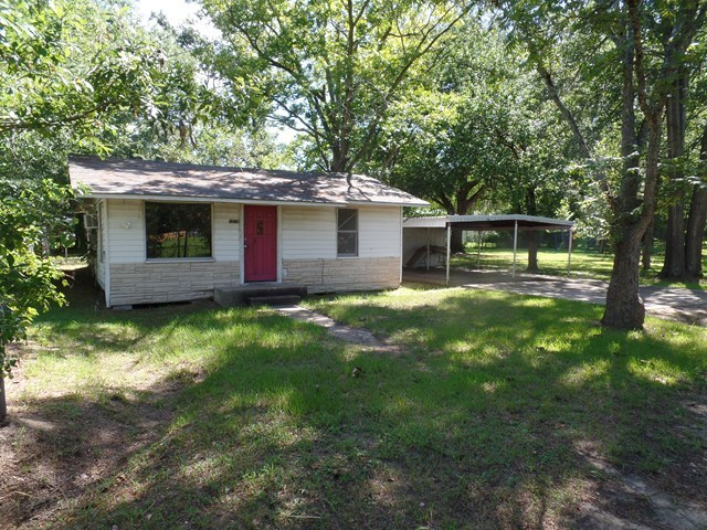 1218 harbuck lufkin tx for sale 49 900 for Home builders in lufkin tx