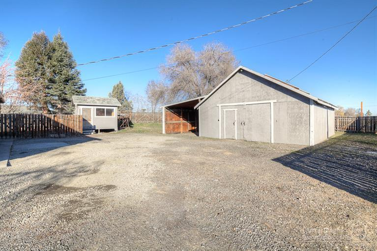 307 Southwest 27th St, Redmond, OR, 97756 -- Homes For Sale