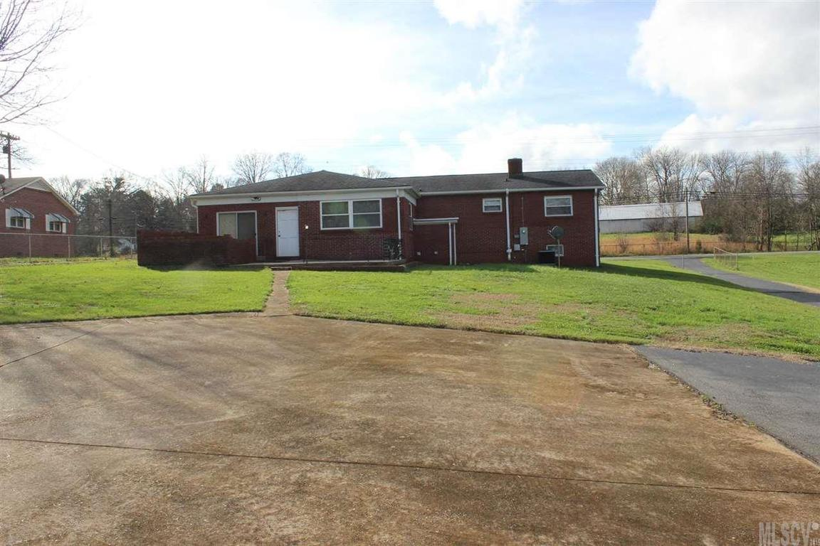 2011 kool park rd ne hickory nc 28601 for sale for Home builders in hickory nc