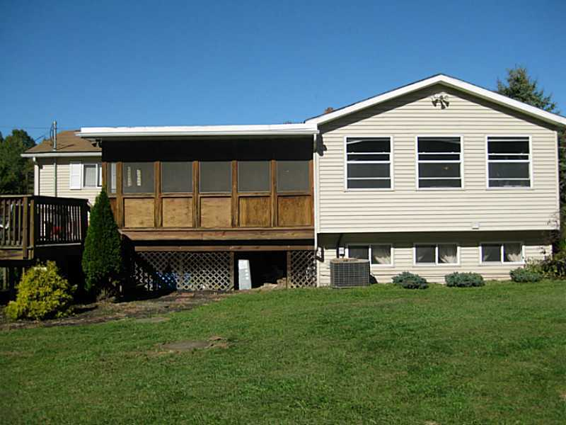 2002 Rutledge, Fredonia, PA, 16124 -- Homes For Sale