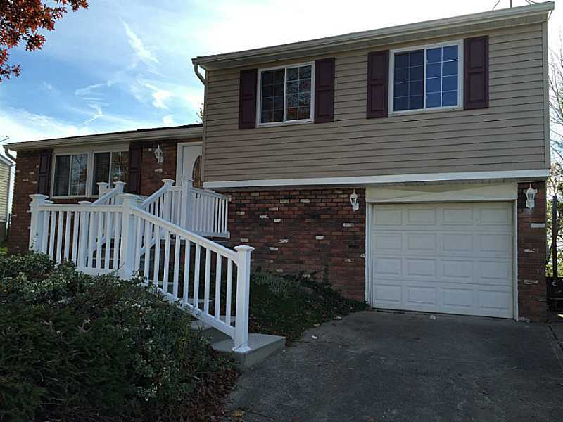 2079 Guinevere Dr, Irwin, PA, 15642 -- Homes For Sale