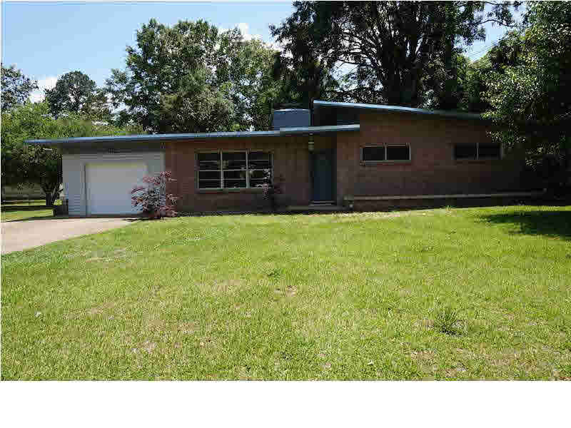 302 Beverly Cir, Crystal Springs, MS, 39059 -- Homes For Sale