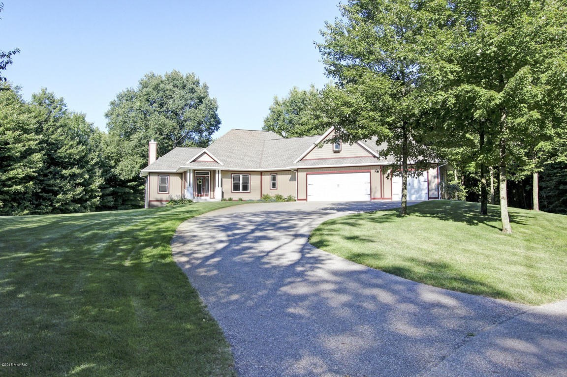 6670 Forest Creek, Holland, MI, 49424: Photo 3