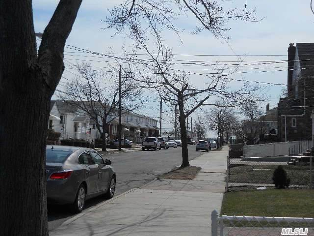 164-08 96th St, Howard Beach, NY, 11414 -- Homes For Sale