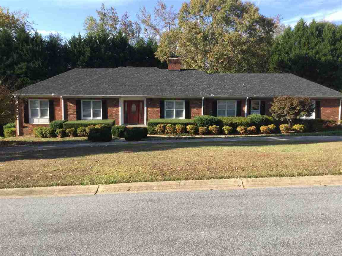 1214 shadowood dr spartanburg sc for sale 259 900 for Home builders spartanburg sc