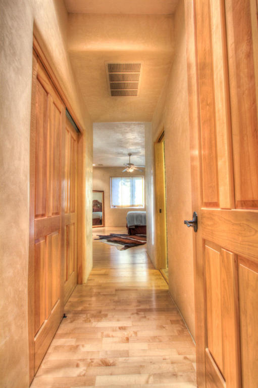 13716 Canada Del Oso Place Ne, Albuquerque, NM, 87111: Photo 47