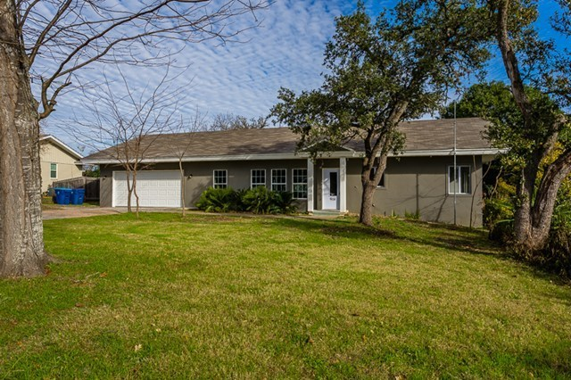 918 pecan st kerrville tx for sale 244 500