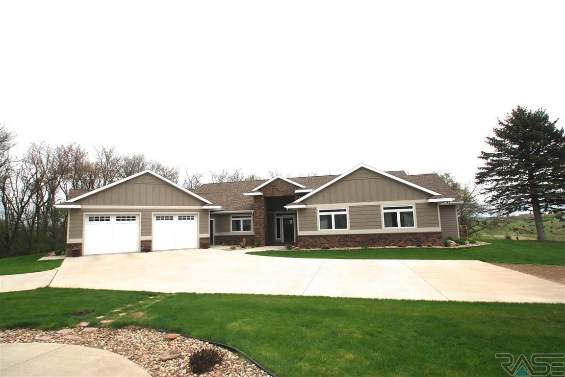 27060 479th ave sioux falls sd for sale 749 900 for Home builders sioux falls sd