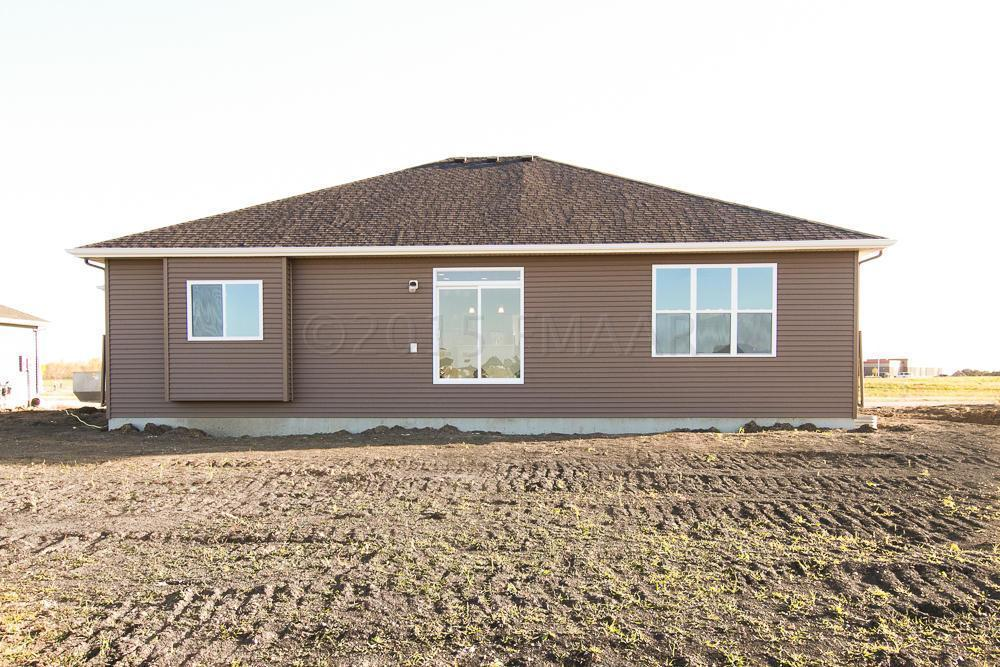 910 50th Ave W West Fargo Nd 58078 For Sale