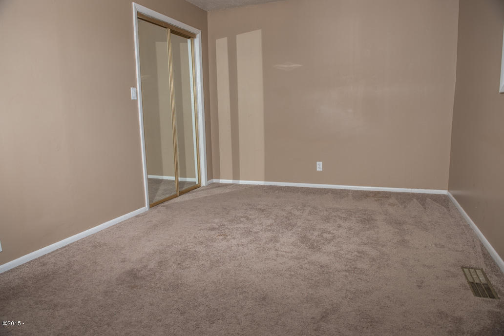 102 Nw High, Newport, OR, 97365: Photo 9