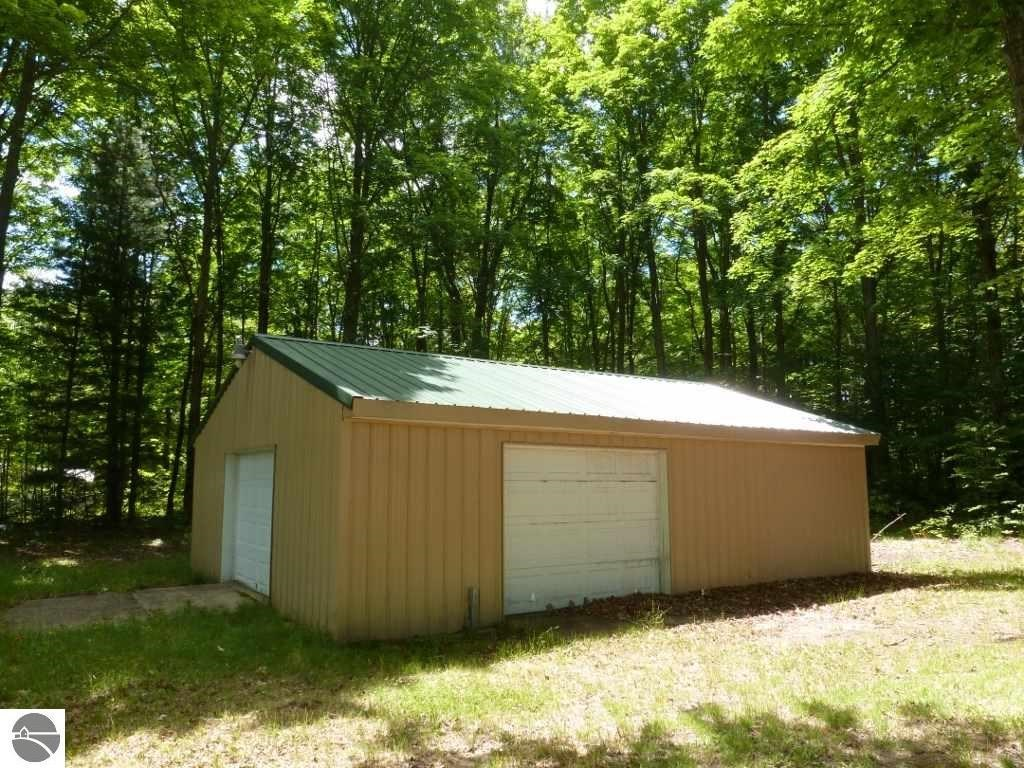 5170 East Shore Drive, Kalkaska, MI, 49646: Photo 3