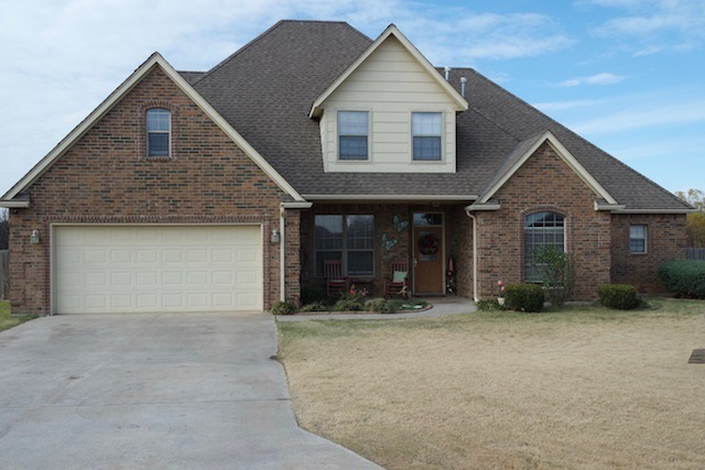 17 Sw Riverbend Dr Lawton Ok For Sale 267 000