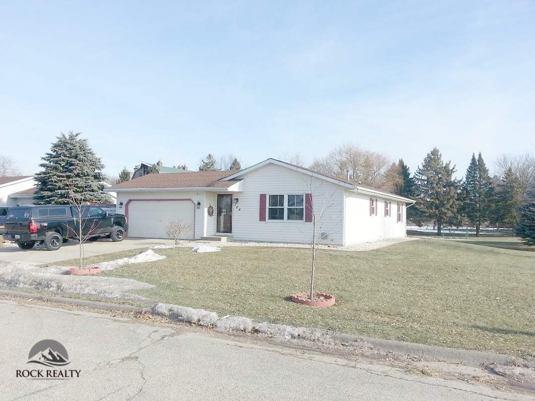 108 forest lake dr milton wi for sale 150 000 for Milton home builders