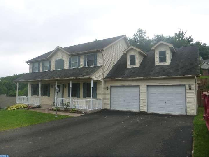 302 forest wood drive pottsville pa for sale 269 000