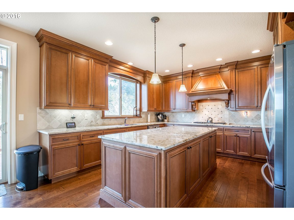 15150 Se Bunker Hill Ct, Happy Valley, OR, 97086: Photo 7