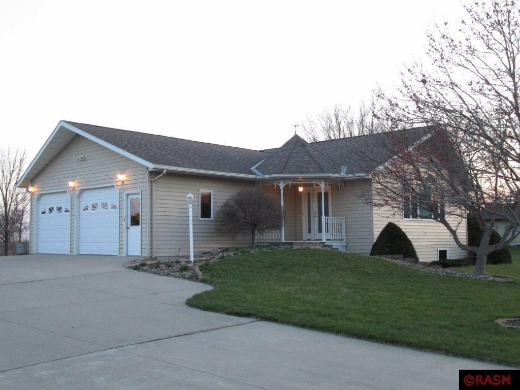 216 e higbie minnesota lake mn for sale 159 900