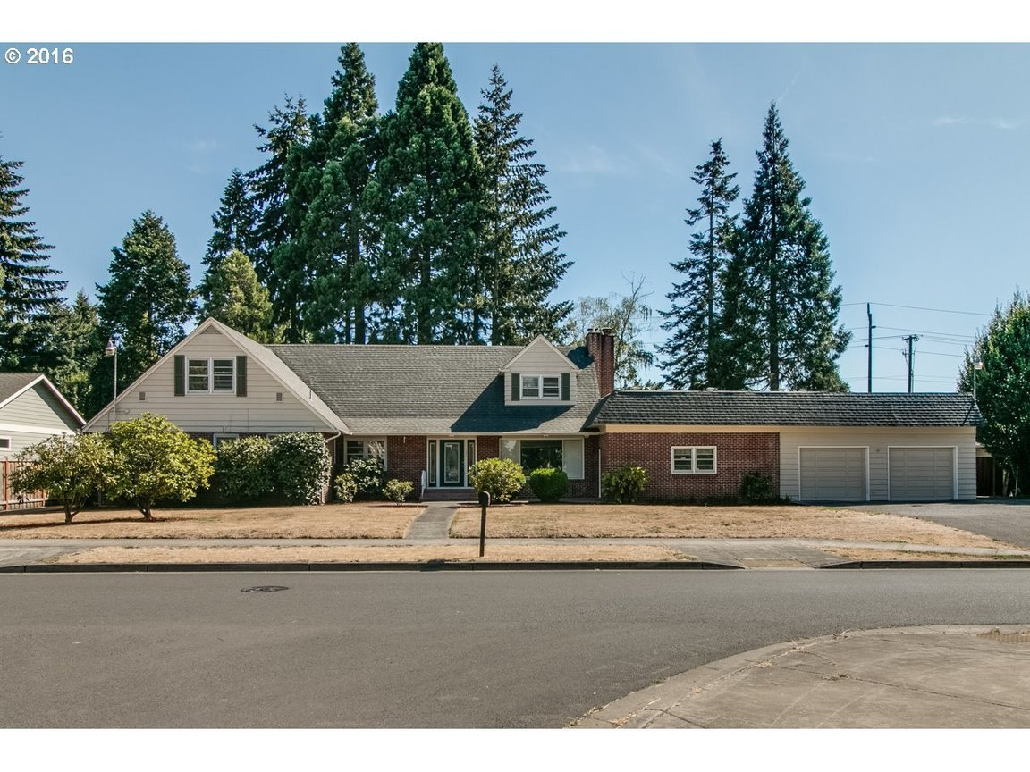 330 ruby ave eugene or for sale 359 000