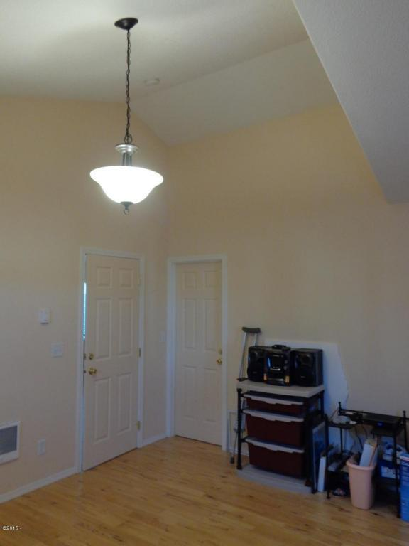 955 Nw Spring, Newport, OR, 97365: Photo 32