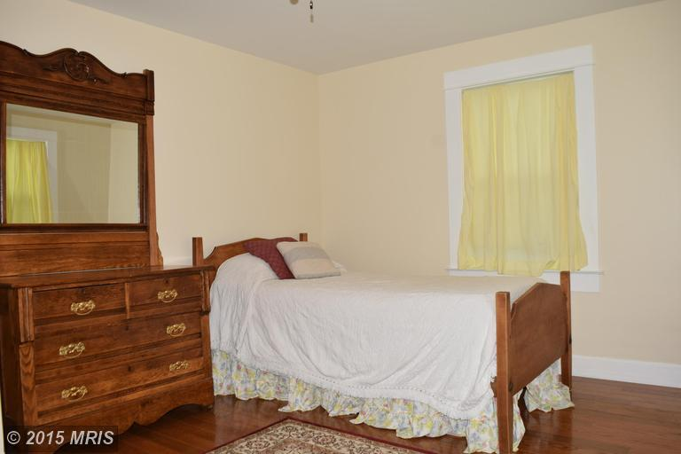 2006 Middleborough Road, Essex, MD, 21221: Photo 21