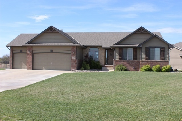 1245 N Country Walk Wichita Ks For Sale 275 000