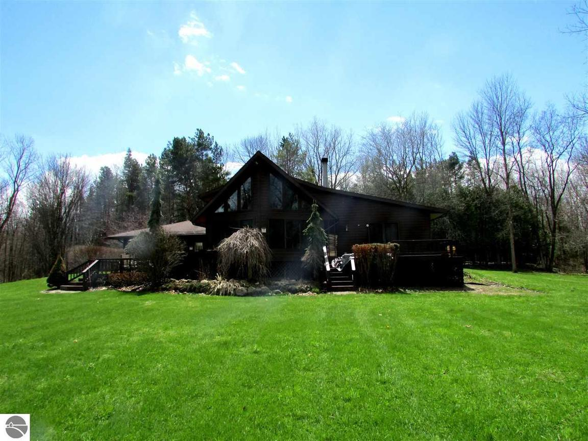 2774 Fitch Drive, Mount Pleasant, MI, 48858 -- Homes For Sale