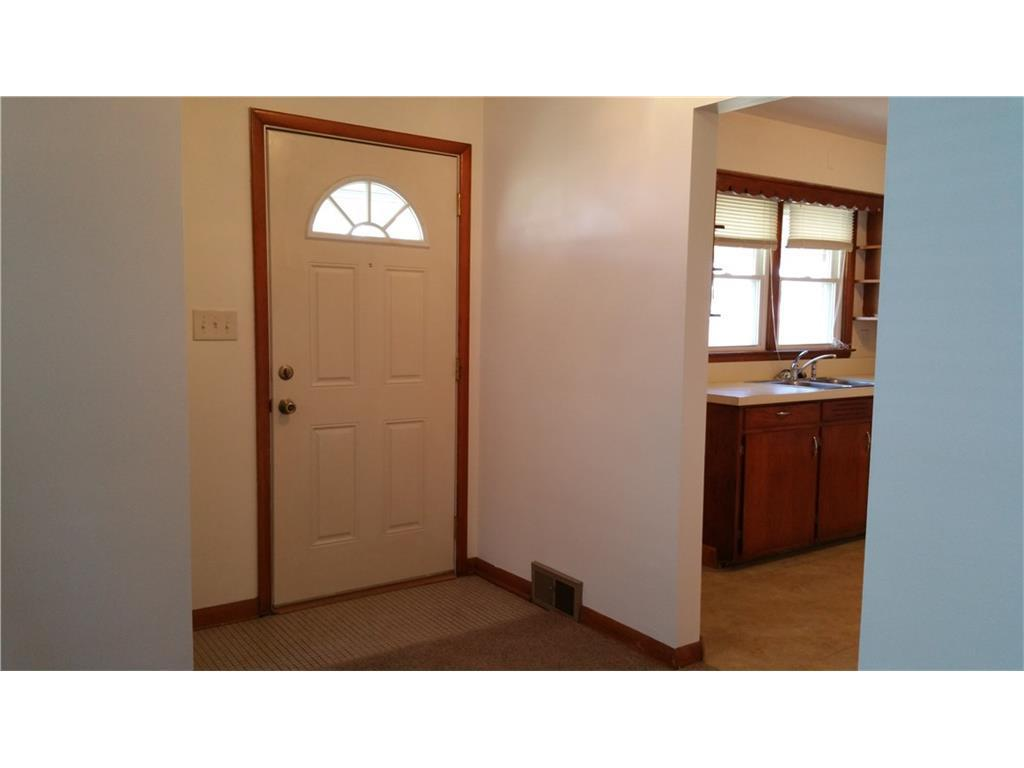 2225 Kenton St For Sale Springfield Oh Trulia 2 Bedroom Apartments ...