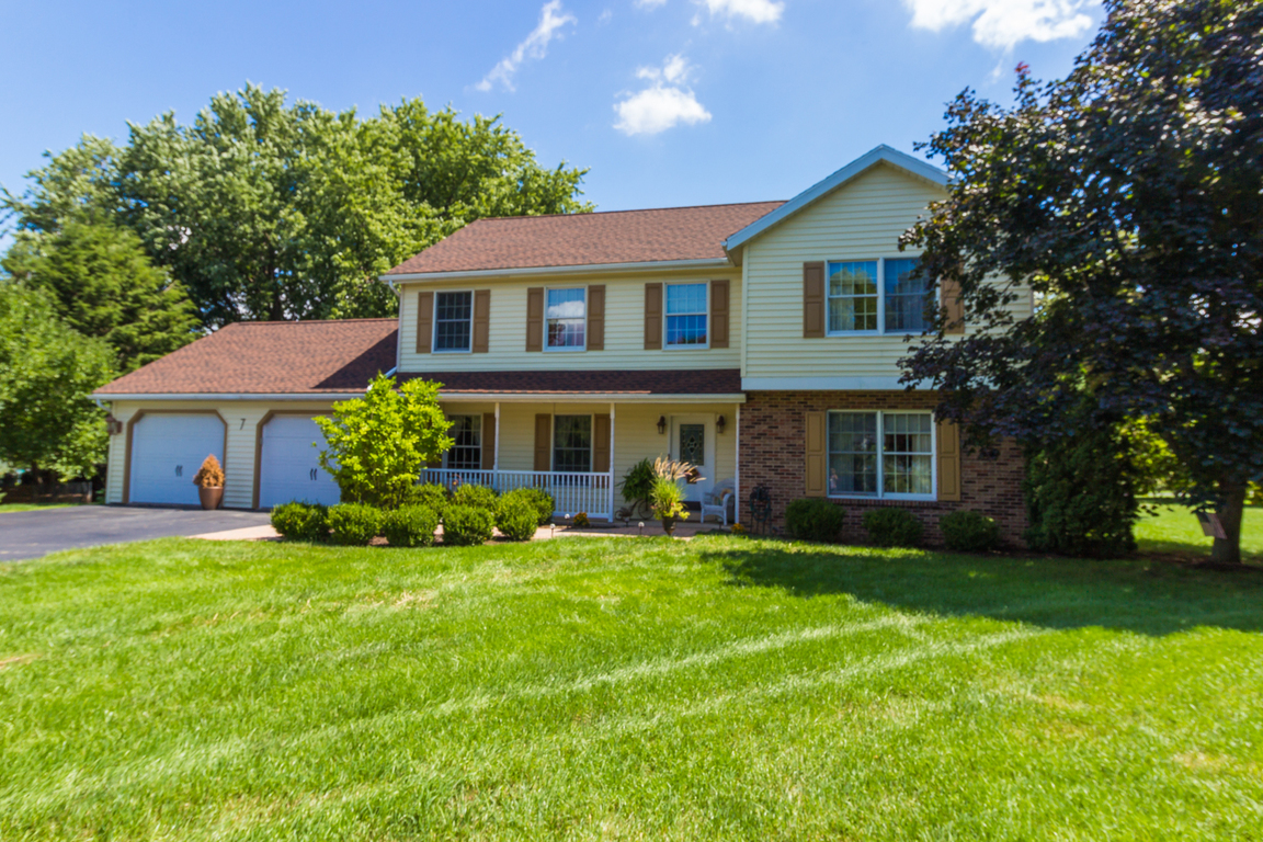 7 Sandra Circle State College Pa 16801 For Sale