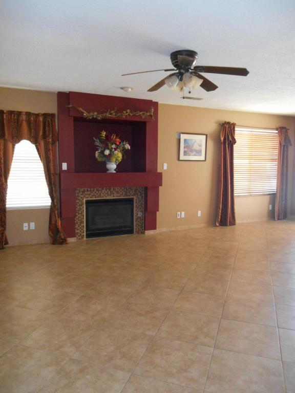8008 Camino De Aguila Nw, Albuquerque, NM, 87120 -- Homes For Sale