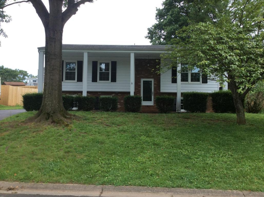 3736 hyde park dr roanoke va for sale 199 000 for Home builders roanoke va