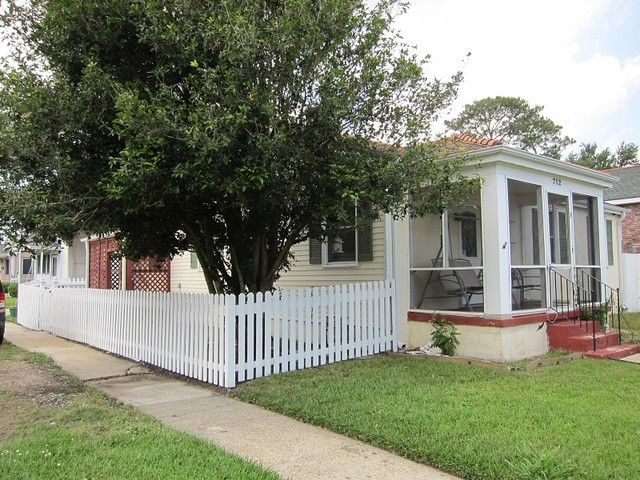 712 Jefferson Park West, New Orleans, LA, 70121 -- Homes For Sale
