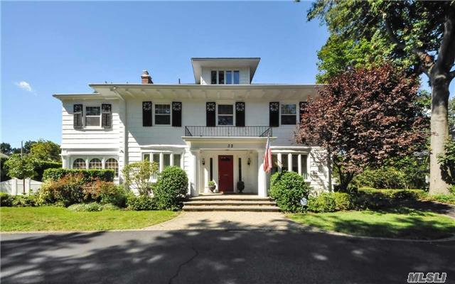 32 Nassau Blvd Garden City Ny For Sale 1 499 000