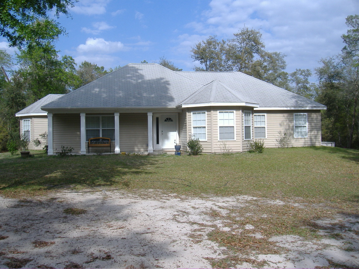 978 Cr 21, Hawthorne, FL, 32640 -- Homes For Sale