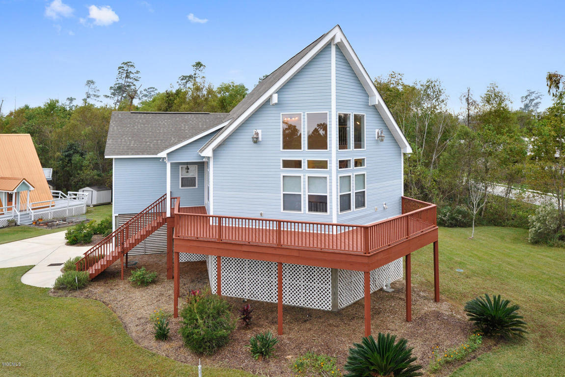 315 Vacation Ln Waveland Ms For Sale 199 900