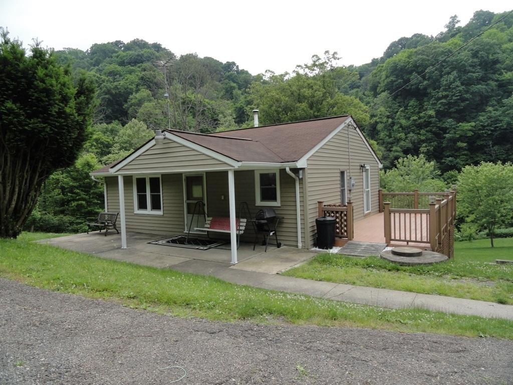 423 ohio river blvd new cumberland wv for sale 59 000 for Wv home builders