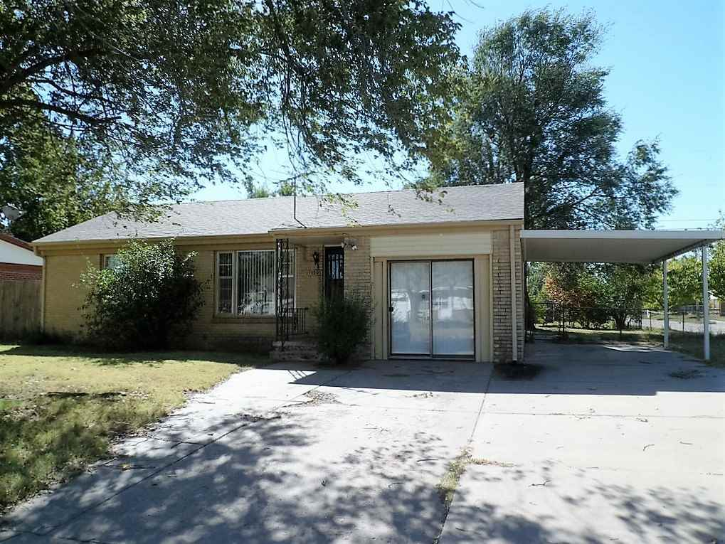 1301 E 31st St S Wichita Ks For Sale 68 000