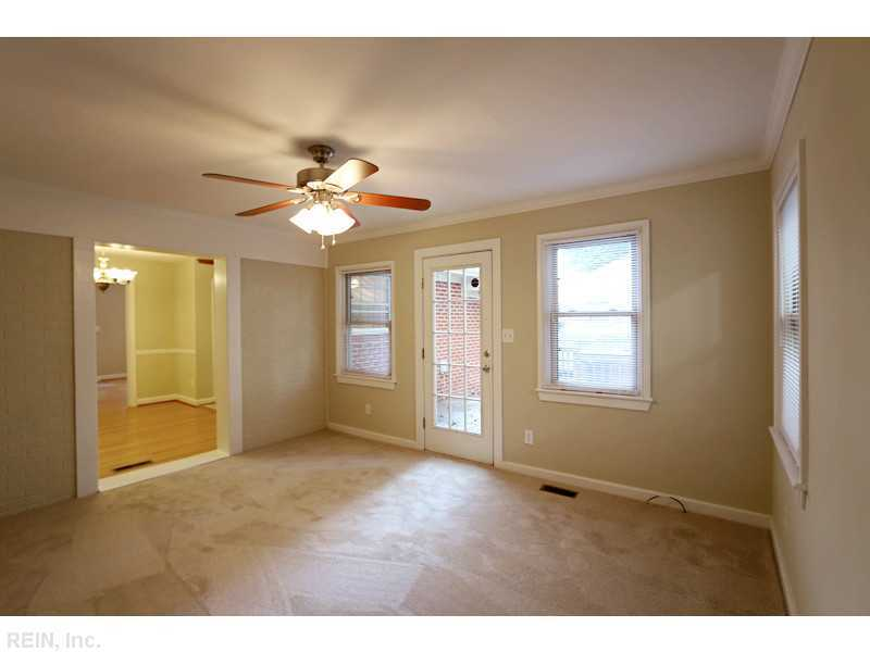 233 Longmeadow Dr, Newport News, VA, 23601 -- Homes For Sale