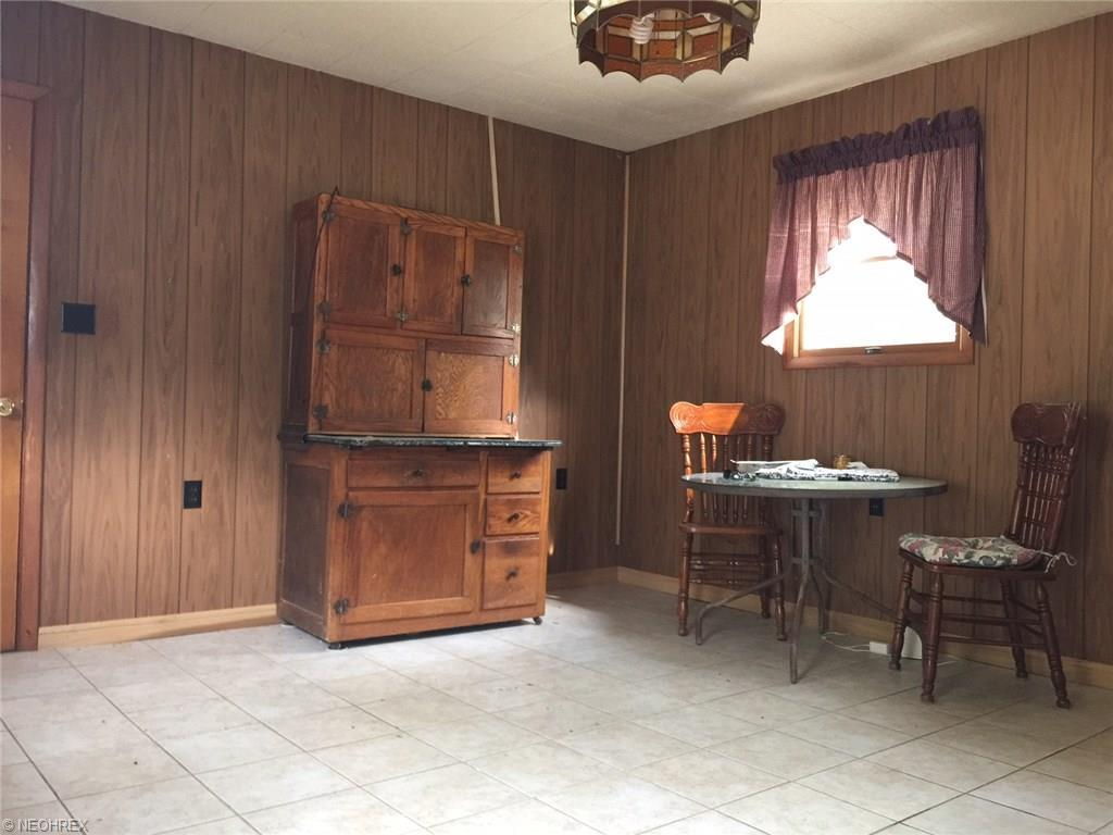209 north canfield niles rd youngstown oh 44515 for sale