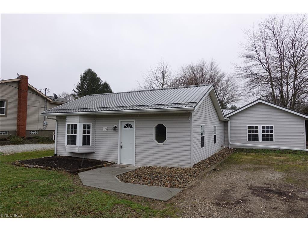 924 Churchmont St Southeast Canton Oh For Sale 82 500
