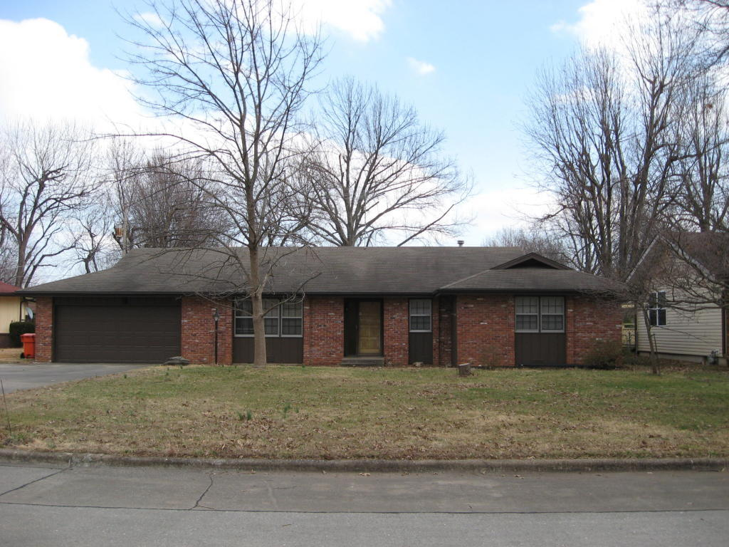 3324 South Southlyn Place Springfield Mo 65804 For Sale