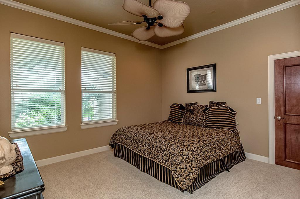 2303 Carina Court, League City, TX, 77573: Photo 23