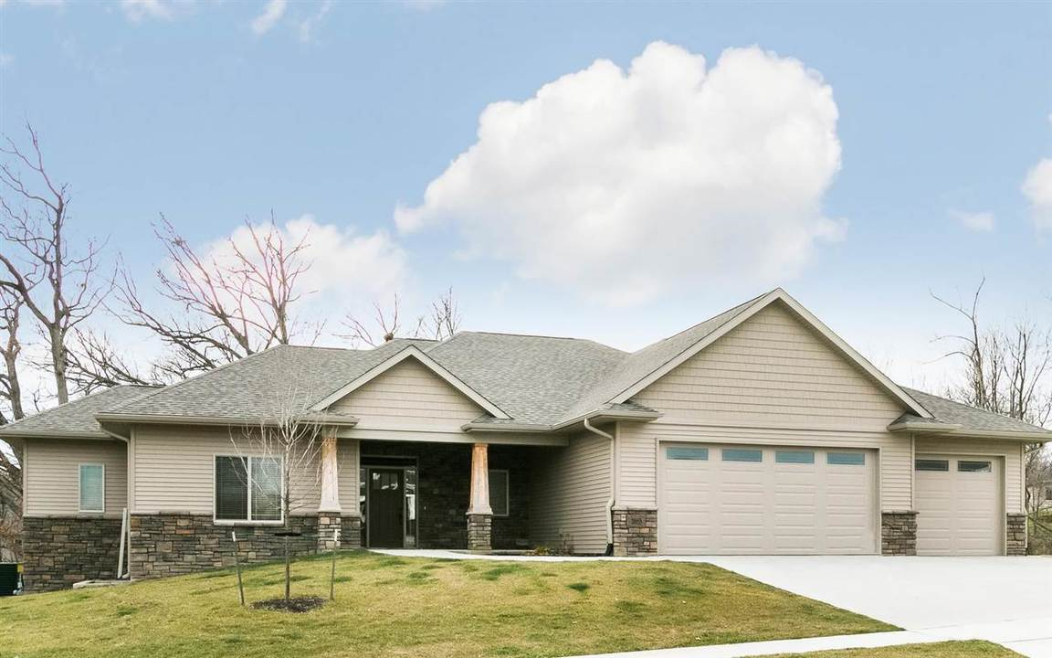 2055 silver maple trail north liberty ia for sale for Liberty home builders