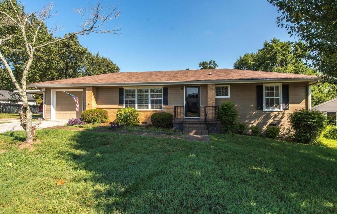 3601 helen ln chattanooga tn for sale 132 900 for Home builders in chattanooga tn