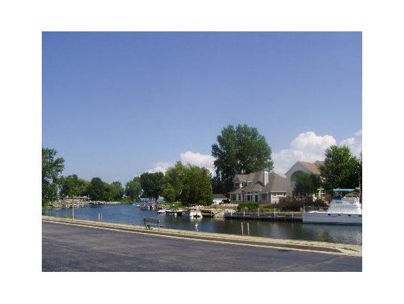 2589 Longtail Beach Ln, Suamico, WI, 54173 -- Homes For Sale