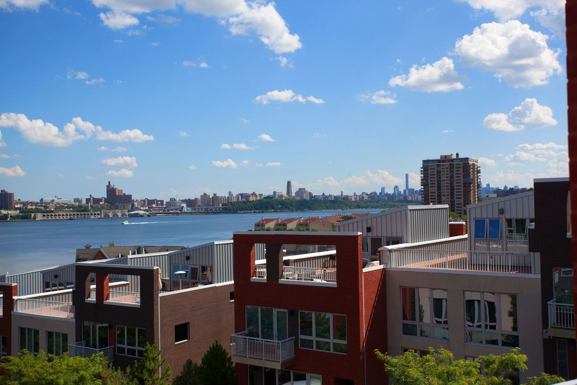 Edgewater Nj Apartments For Sale