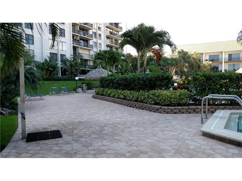 400 island way 204 clearwater fl 33767 for sale